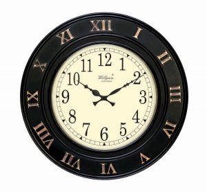 Wellgain VM-C-755 Hand Carved Carving Clock with One Year Warranty Made in India