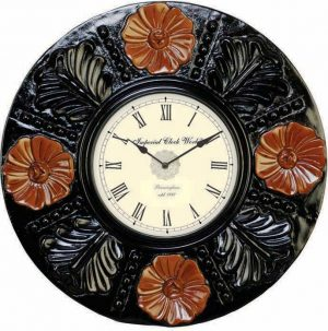 Wellgain VM-C-769 Hand Carved Carving Clock with One Year Warranty Made in India